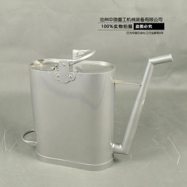 铝制长嘴加油桶
